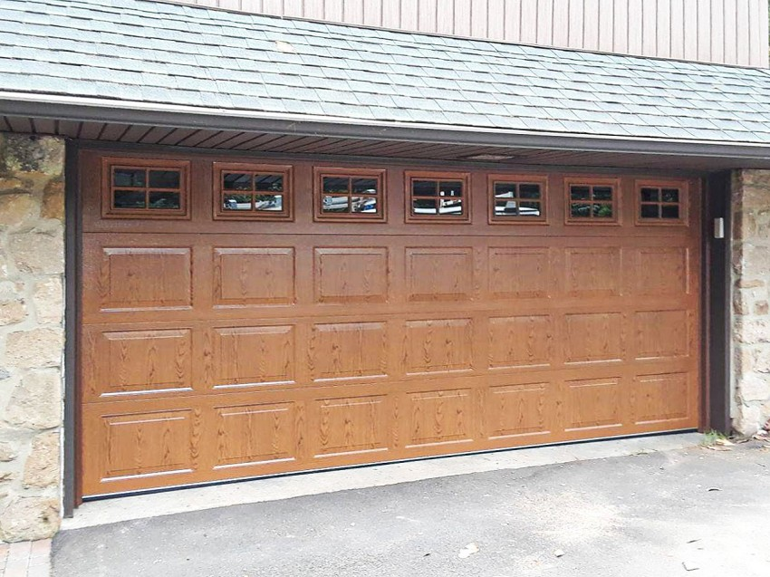 Residential Garage Door - RGD9