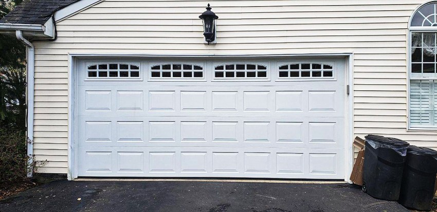 Residential Garage Door - RGD10
