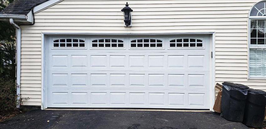 Residential Garage Door - RGD10