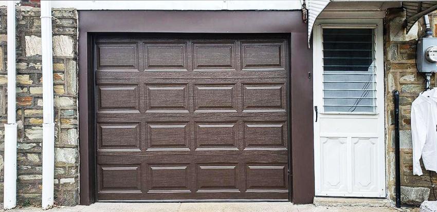 Residential Garage Door - RGD11