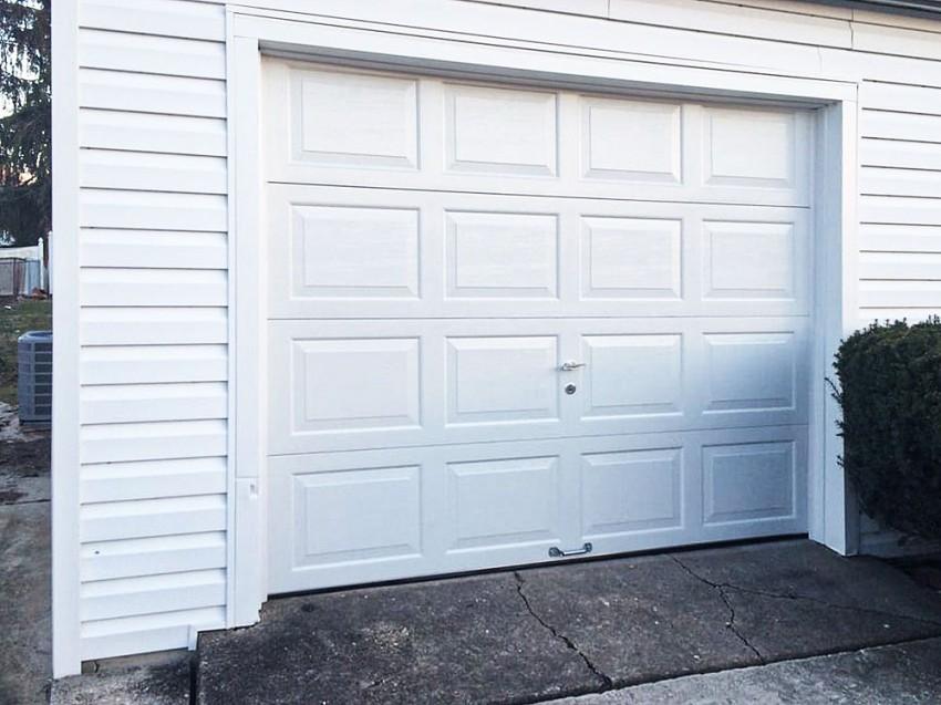 Residential Garage Door - RGD12