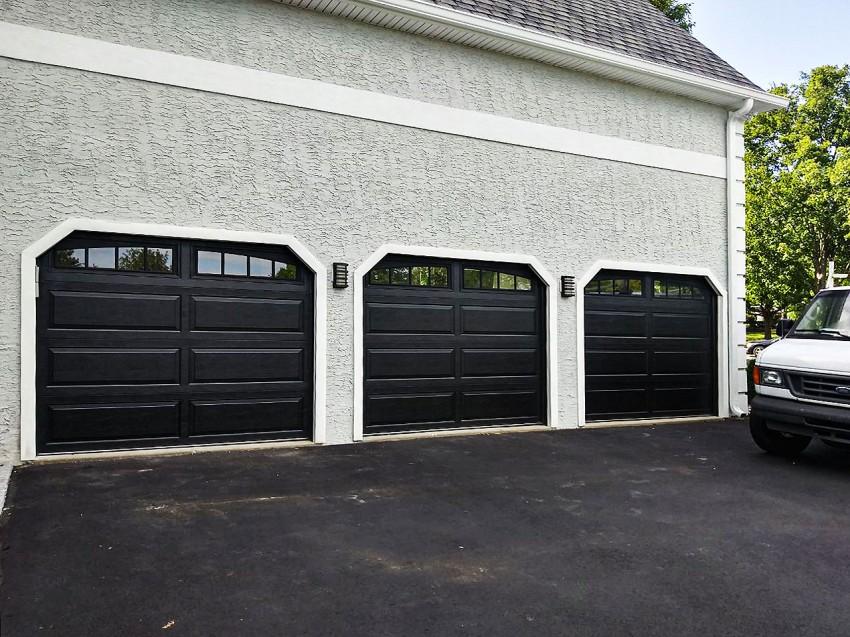 Residential Garage Door - RGD17